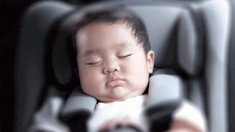 把7岁儿子遗忘在车里热死,家长们又在想什么呢?