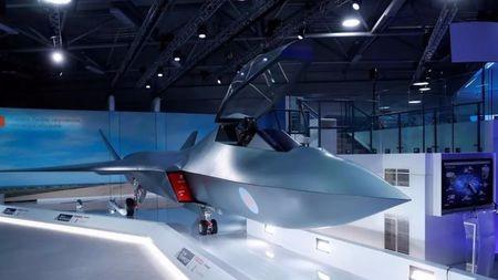 """英、法、德、美加紧研制空中""""大杀器"""",下一代战斗机不用隐身?"""