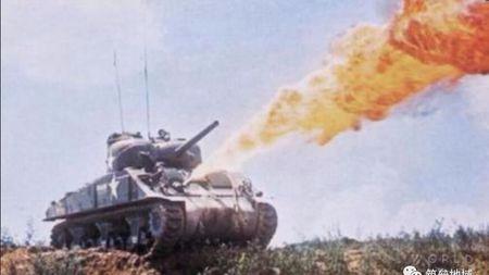 欧洲战场的打火机却成烧烤日军利器?趣谈谢尔曼喷火坦克