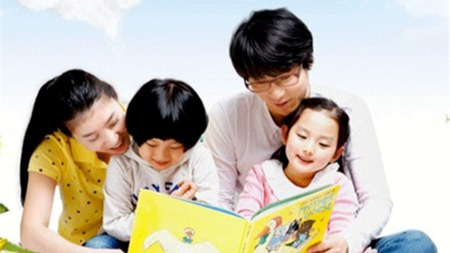 怎样激发幼儿的阅读兴趣?除了买书,买书,我们还能做什么?的头图