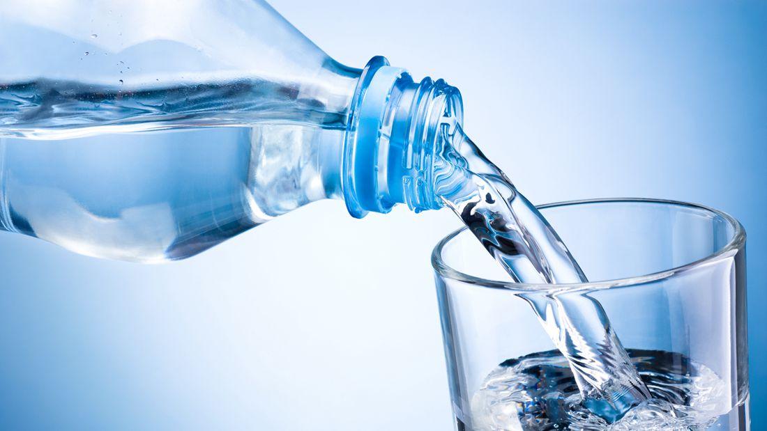 一瓶过期的矿泉水中哪些东西会超标?
