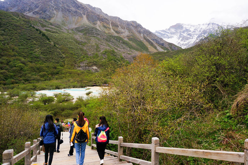 jiuzhaigou huanglong tour
