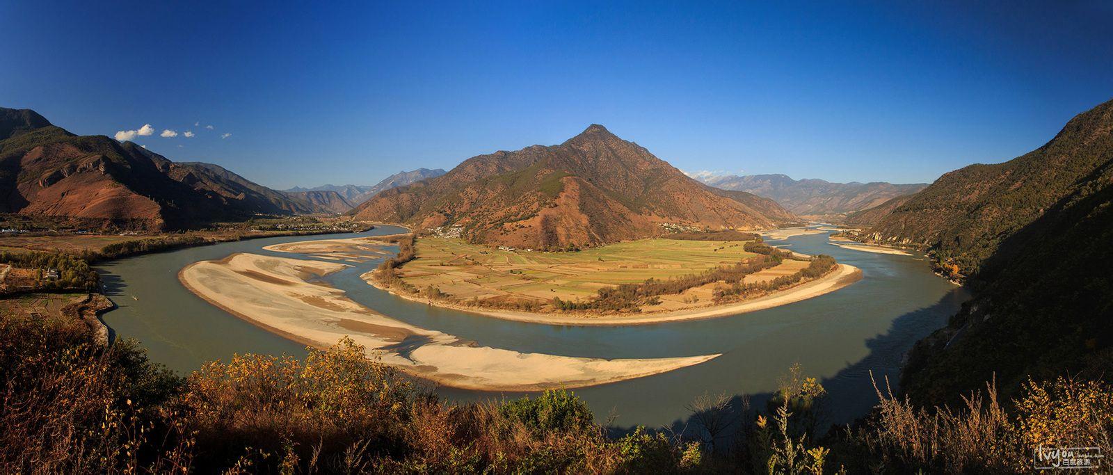 万里长江第一湾图片