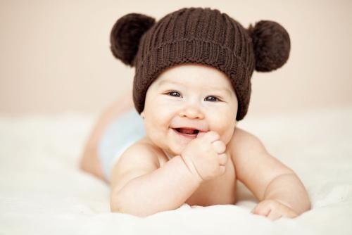 雷姓女宝宝名字若何给孩子取个好听又成心义的名字?