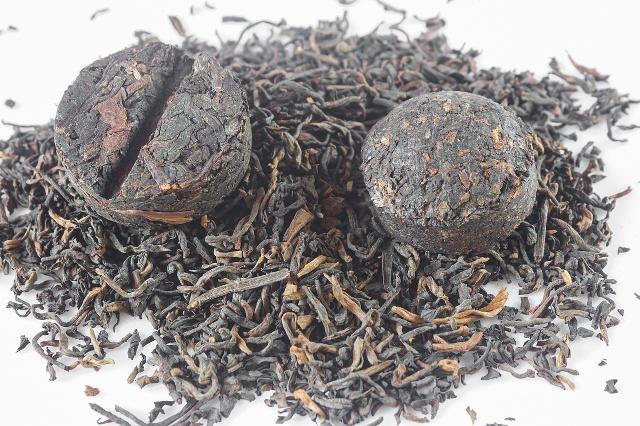 普洱茶起白霜是发霉吗