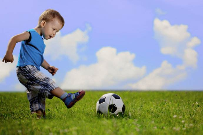 怎样说鼓励孩子的话_怎样教育出一个内心强大的孩子?
