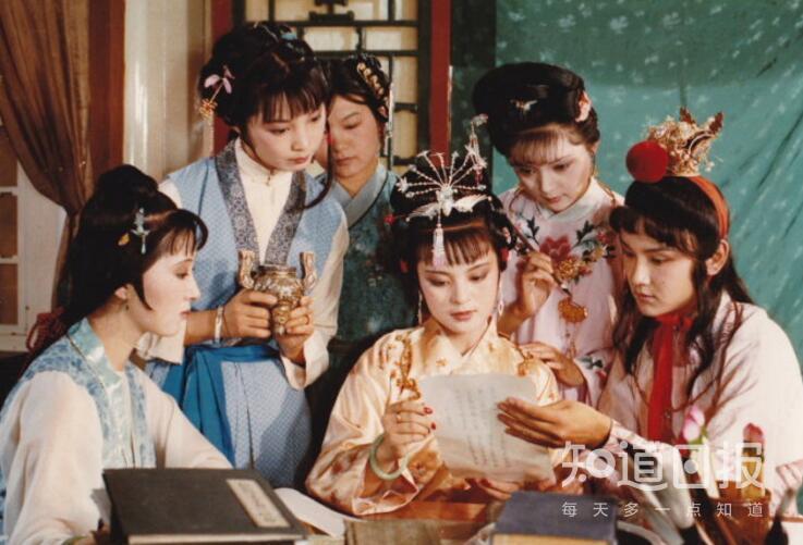 87红楼梦_(图)87版红楼梦剧照,探春远嫁前