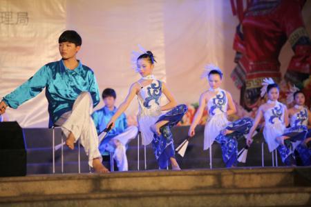 青花瓷舞蹈串词