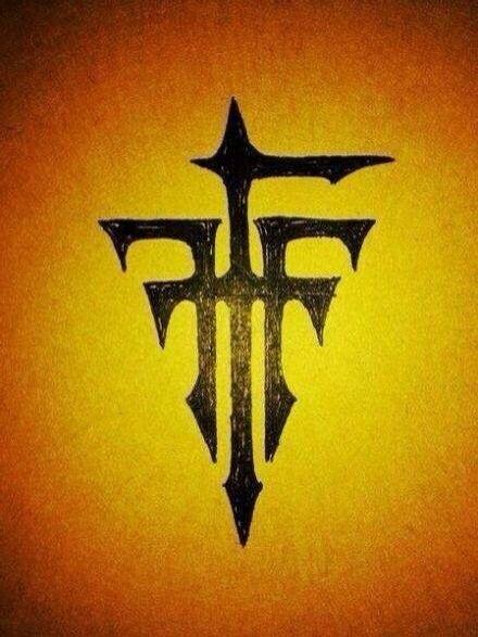 3w19fff_两个正反f形成的标志是什么牌子?
