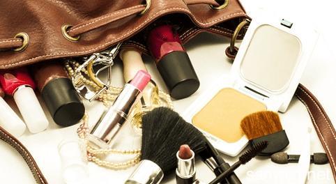 化妆都需要哪些东西_化妆需要准备哪些东西?_百度知道