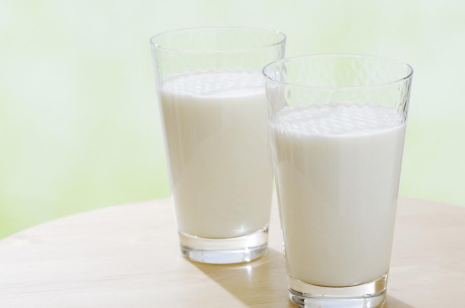 过期的牛奶能喝_盒装牛奶过期一个月还能喝吗?_百度知道