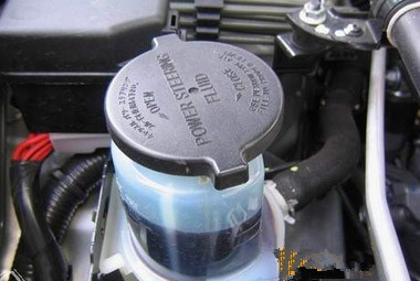 汽车助力转向油_汽车转向助力器加什么油 是加抗磨液压油还是加液力传动油_百度 ...