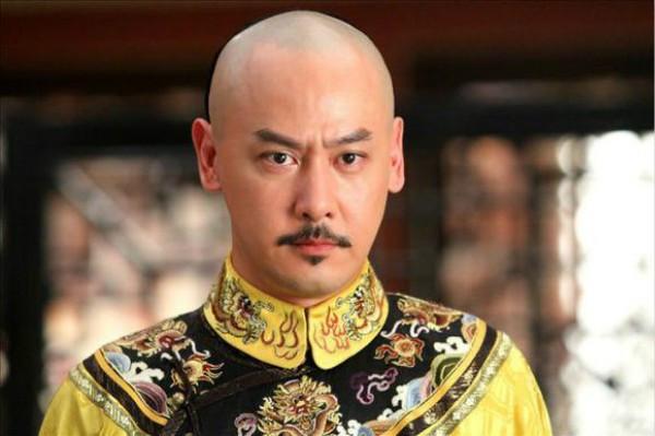 皇帝有后宫佳丽三千,为什么还要自称寡人?