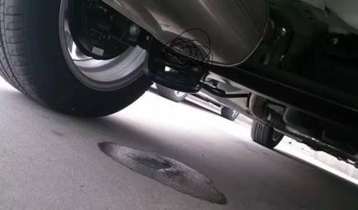 有的汽车的排气筒漏水是怎么回事?