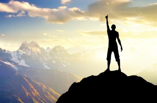 描写爬山的诗词 有哪些描写登山的诗词