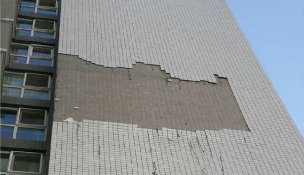 为什么瓷砖会开裂 、空鼓或脱落?