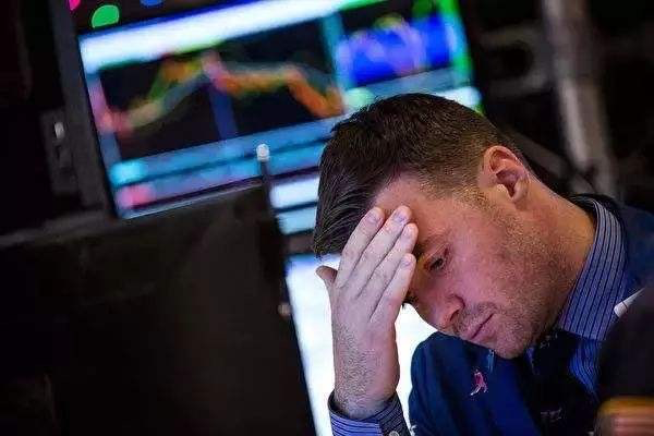 【暴跌】股市到底为什么会突然暴跌?