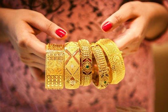 带黄金或白金对人的身体有什么好处吗