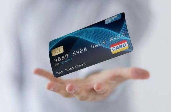 信用卡逾期三个月还款后还能用嘛?