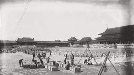 一个演员的疑问:故宫南迁文物安好,是日本人放了一马?的头图