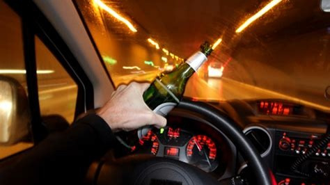 开车不喝酒  喝酒不开车  喝1瓶啤酒就能吹出酒驾