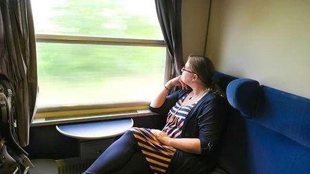 为什么我们在乘坐交通工具长途旅行?#34987;?#24863;到疲劳?的头图