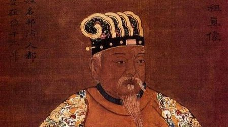 为什么韩信?#27835;?#37325;兵不背叛刘邦?若与刘邦对战,韩信能赢吗