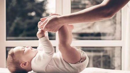 """""""妈妈不要走""""面对宝宝的分离焦虑,这样做让他更有安全感!"""