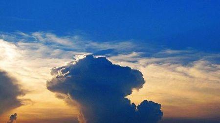 看云识天,这些云出现竟然会下雨!的头图