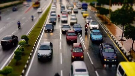 高速公路假期免费,到底是不是引起大拥堵的罪魁祸首?