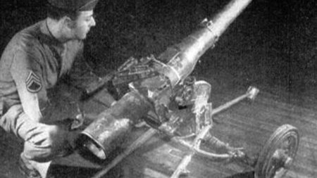 别看这货长得这么呆萌!二战德国伞兵的重火力支援可全靠它了!