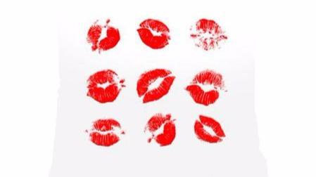 """如何快速消除接吻后的""""草莓印""""?"""