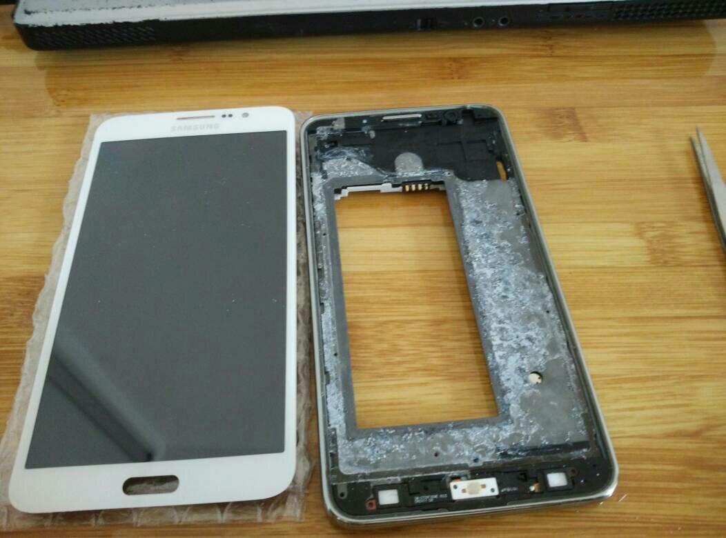 三星g5308w拆机图_三星手机G7505Q 拆机,怎么把主板拆下来,我已经把屏幕拆下来了 ...