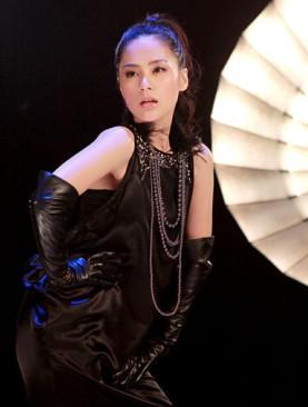重庆现在最火的明星_最火的明星图片_百度知道