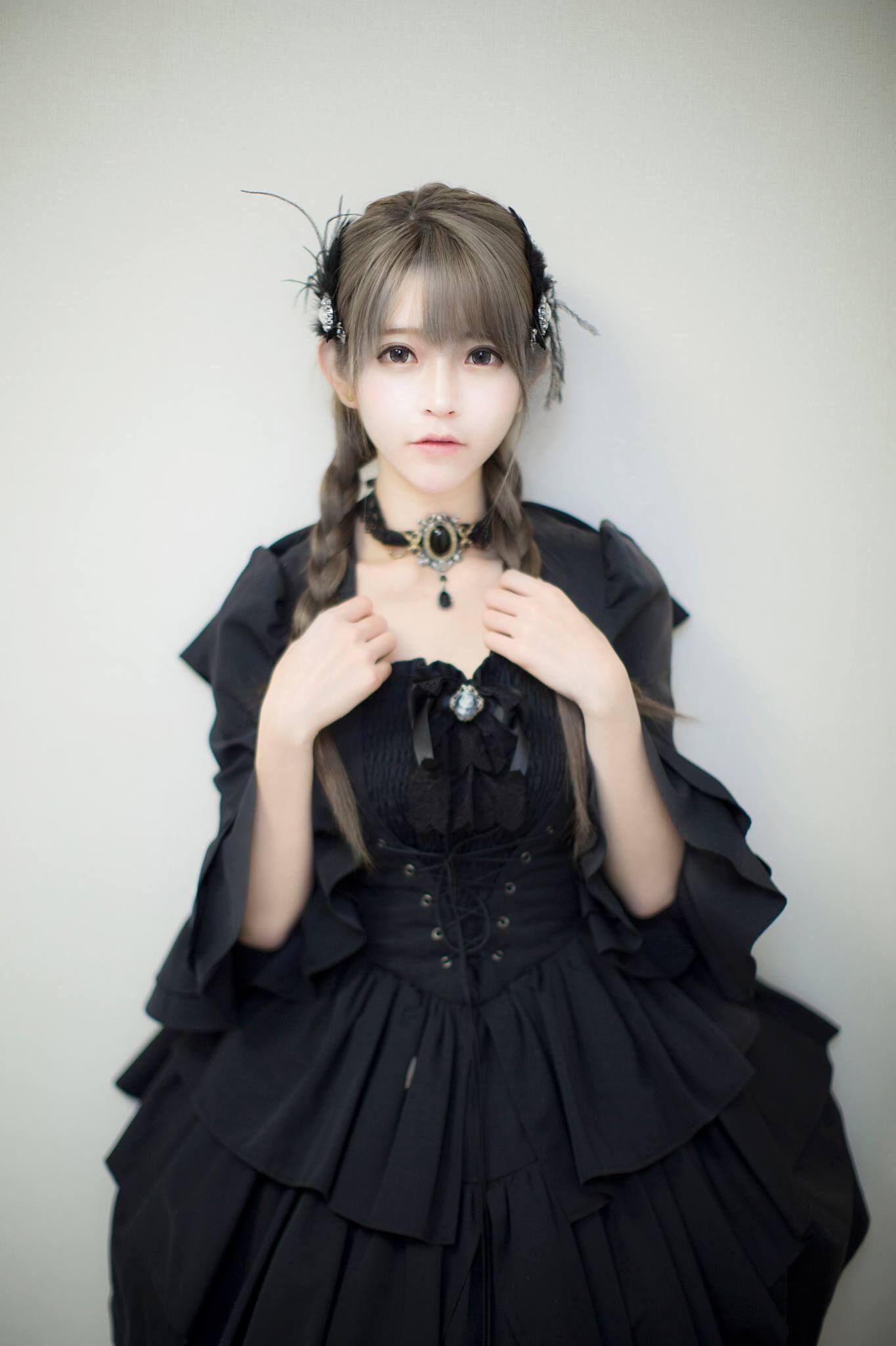 洛丽塔风格服装_百度洛丽塔风格图片里有个黑衣服的女生 叫什么名字