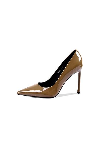 国内女皮包品牌_高跟鞋有哪些奢侈品牌?_百度知道