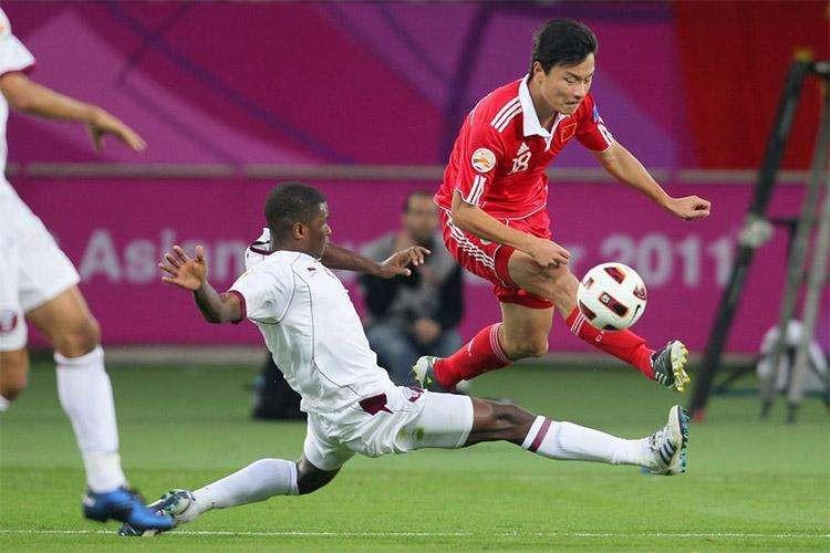 """历届中国国家队名单_中国人共获得几次""""亚洲足球先生""""称号?都有谁?_百度知道"""