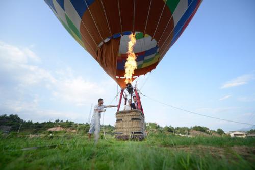 中国热气球_中国哪个地方有坐热气球的_百度知道