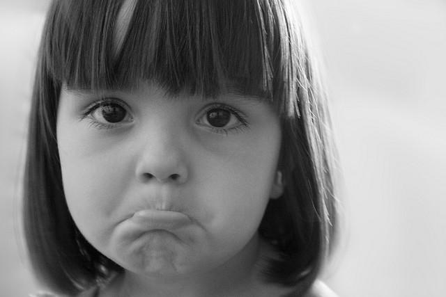 女孩委屈图片_请求委屈要哭小女孩原图照片。如图_百度知道