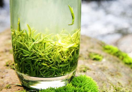 喝绿茶的好处_长期喝绿茶有什么好处和坏处吗?_百度知道