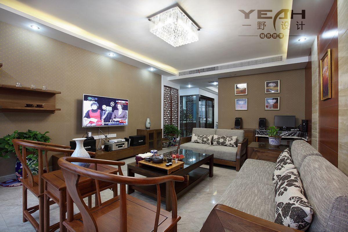 家居影视墙装修图_现代中式实木家具配什么电视背景墙效果图大全_百度知道