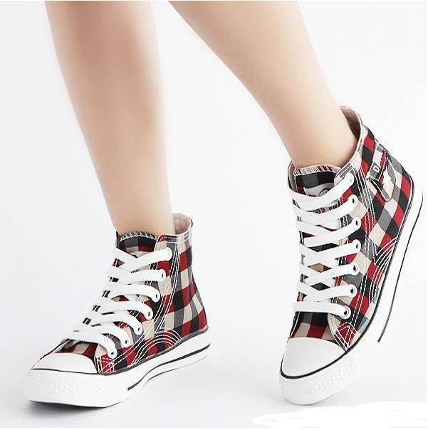 匡威鞋带系法_匡威帆布鞋鞋带怎么系?