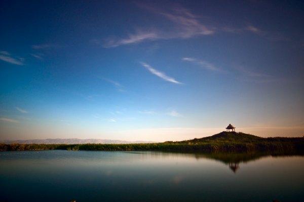 湛江十五天气预报_4月份去新疆游玩有哪些景点可以推荐一下