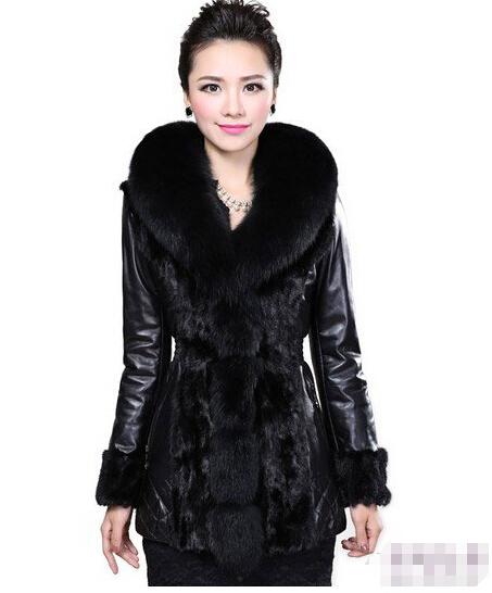 黑色中长款皮衣西装怎么搭配图片