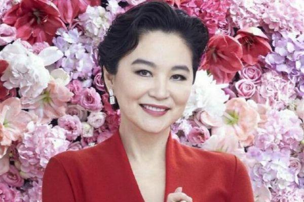 林青霞离婚后和秦汉在一起了吗?