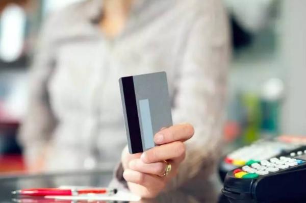 【51信用卡被调查】51信用卡被调查,信用卡逾期多久会被抓?