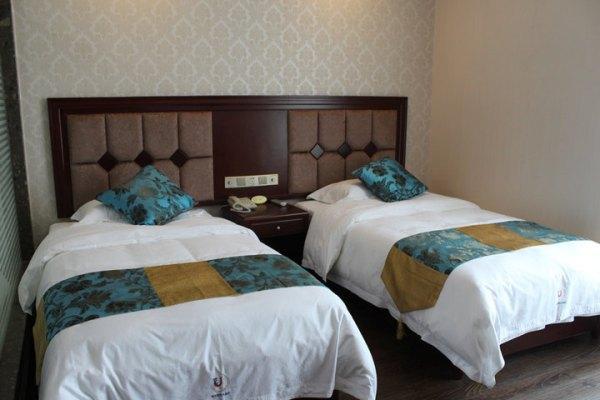 酒店的【标间】跟【大床房】有区别吗?是不是说标间就是两个床的