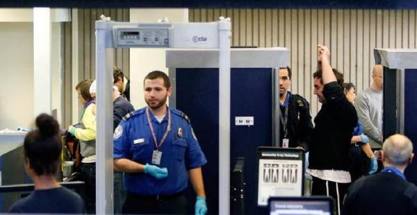 机场安检工资_我国机场安检员的工资待遇如何?_百度知道