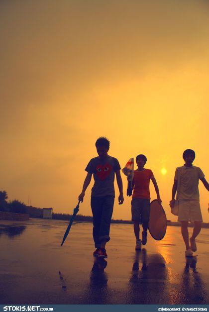代表活力青春的图片_谁有青少年青春充满活力昂扬向上的背景图片~_百度知道