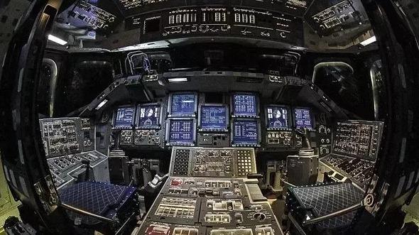 为什么不把航天器中的控制面板都换成触摸屏的?